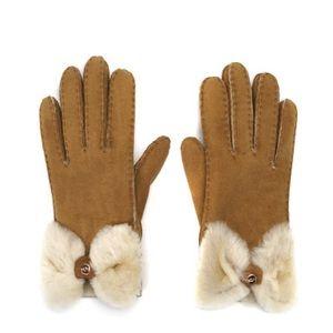 NWT UGG Bow Shorty Chestnut Gloves